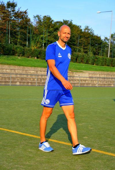 Unser Trainer Mutlu Güler