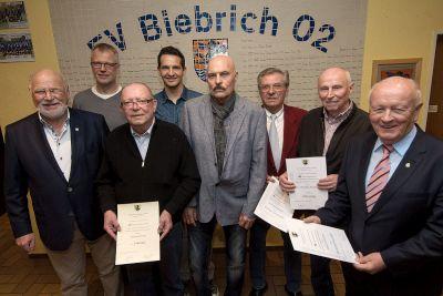 Mitglieder-Ehrung im Vereinsheim der FV Biebrich 02 (15. 04. 2016)